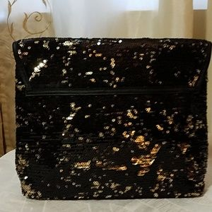 Classy black w/gold sequence clutch purse